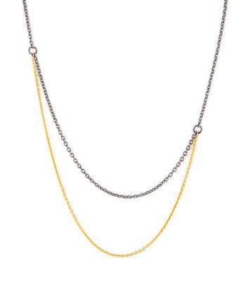 Halssmykke med guldkæde og oxyderet sølvkæde