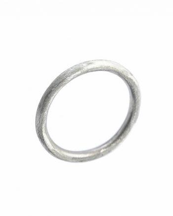 A ring i sølv