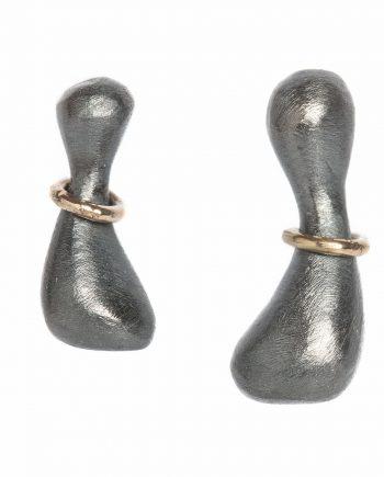 Ørestikker (Oxyderet sølv med 14 kt guld)